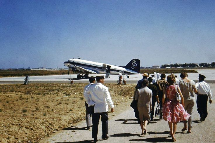 Olympic Airways Douglas C-47B [SX-BAL] στο παλιό αεροδρόμιο του Ελληνικού, 1961