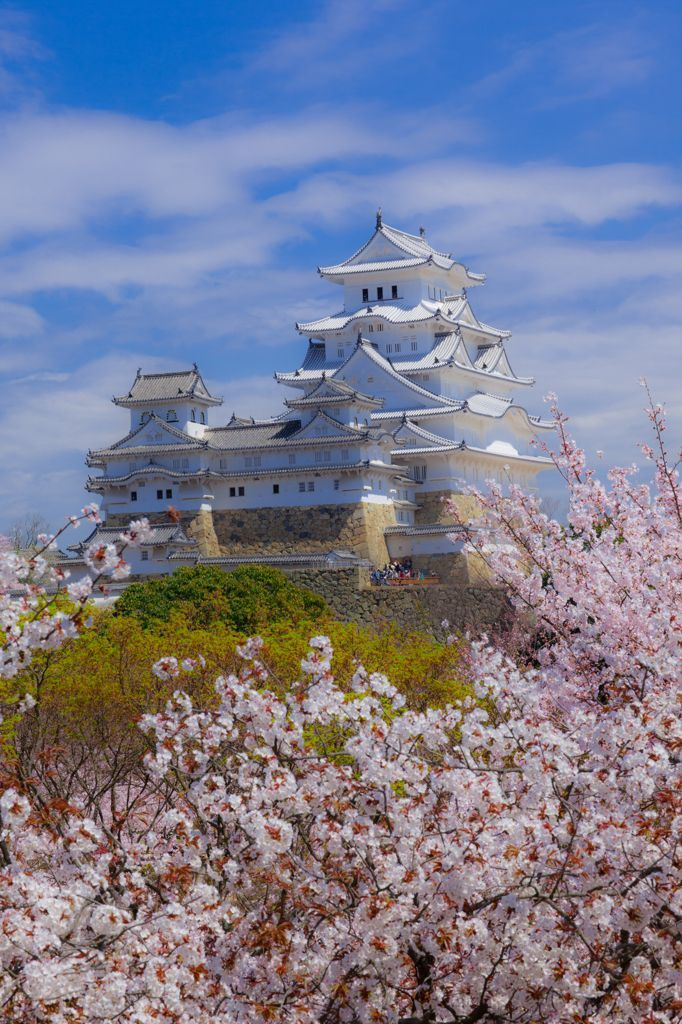 "Himeji Castle, Hyogo, Japan. Also known as Shirasagi-jo ""white heron castle."" The grandest of Japan's 12 remaining feudal castles, dates back to 1333. In 1581 the castle was completely remodeled."