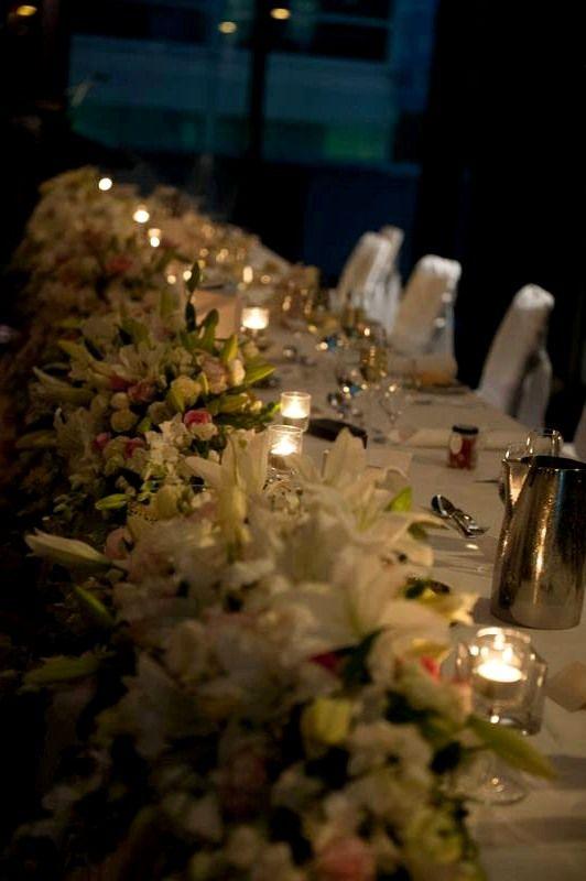 Стол для молодоженов с свечами  #оформлениесвадьбы #оформление #красиваясвадьба #необычнаясвадьба #декор #дизайн #свадьбамосква #банкет  #букетневесты #флористика  Наш сайт: http://adecorator.ru/  Телефон: 8 (962) 919 25 37