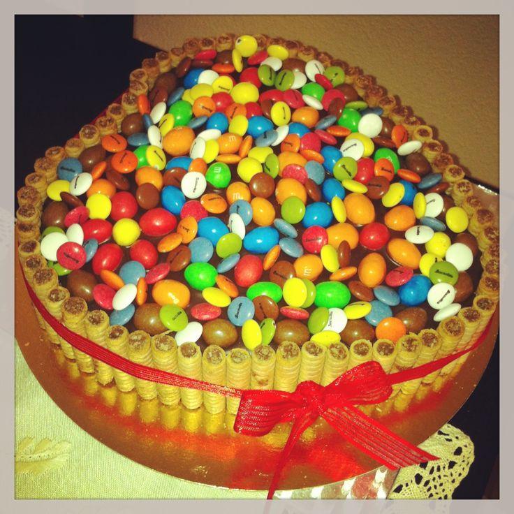 Tarta con Pirulin y M!!!! otra tarta con muchoooo chocolate!!!! :D