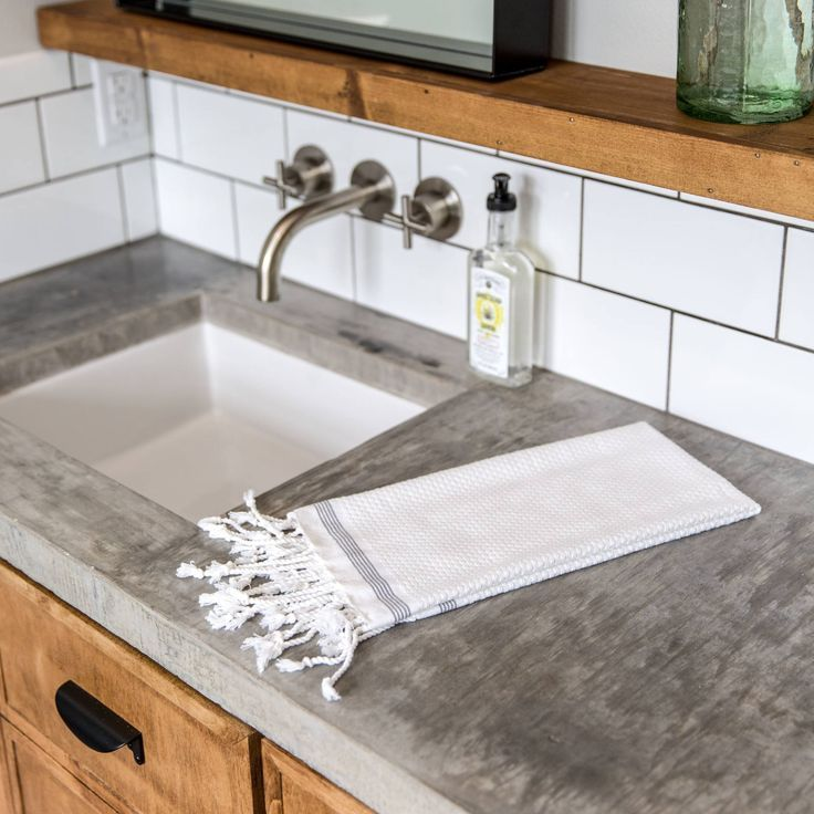 How To Choose Bathroom Countertops Bathroom Countertops Diy