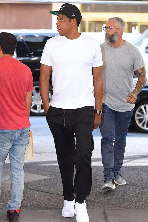 Jay-Z nails this casual look wearing a Paperplane snapback by RocNation  Apparel fa608fa00