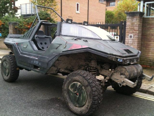 Someone get this for me quick... I'll be your friend forever!!!!!  halo-warthog-for-sale.jpg