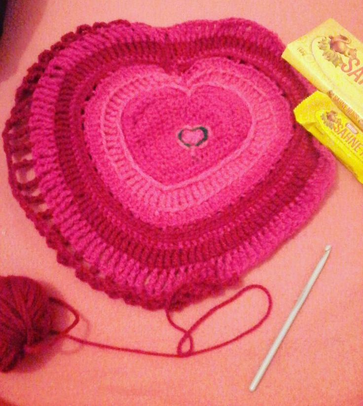 Mis vicios :D  regalo deĺ hermano mayor  #crochet #sahnenuss #amigurumi #chocolate by cala_dita