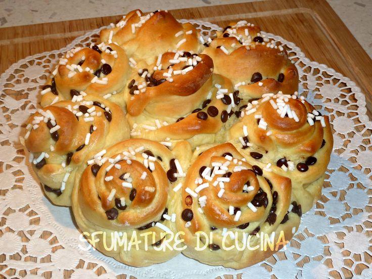 TORTA DI ROSE CON PAN BRIOCHE