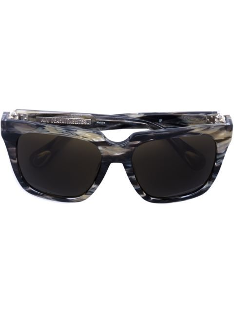 LINDA FARROW square frame sunglasses. #lindafarrow #方框太阳眼镜
