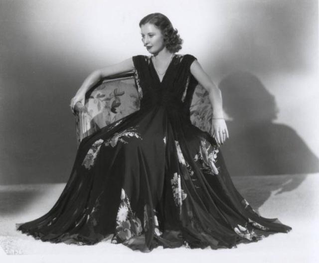 I...LOVE...THIS....DRESS!!! Barbara Stanwyck. c.1930's