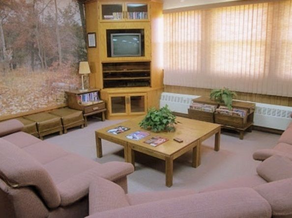 The shows a good description of the cabin living room