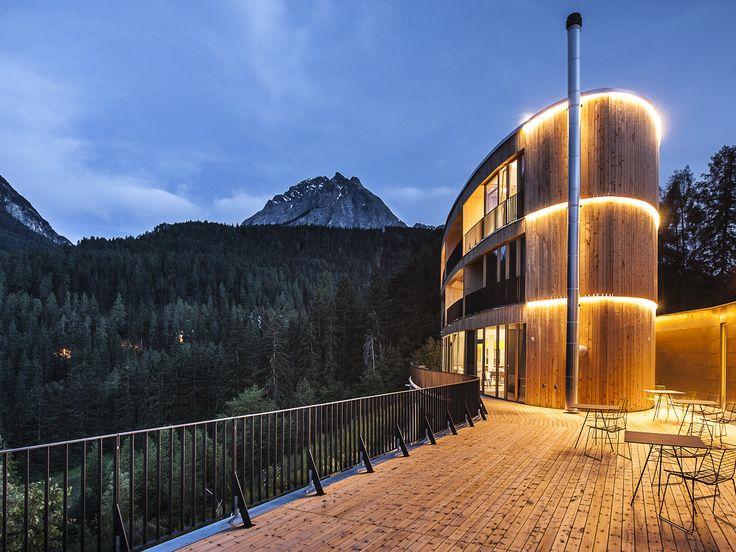 Hotel Arnica in Scuol