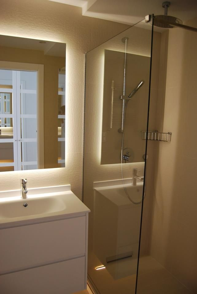 M s de 1000 ideas sobre espejo de ventana en pinterest - Iluminacion banos pequenos ...