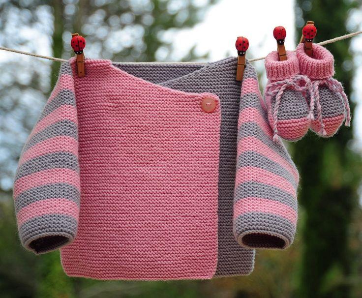 layette ensemble mérinos 3 mois neuf tricoté main brassière et chaussons : Mode Bébé par com3pom