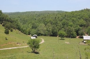 Large Acreage Joining Fefferson National Forest