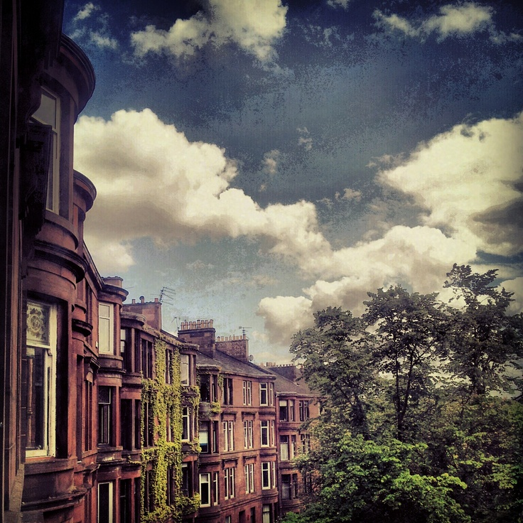 My world is pretty. West End Glasgow, Scotland