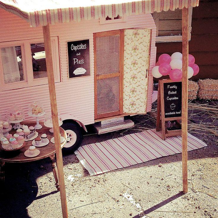 Best 25+ Mini Camper Ideas On Pinterest