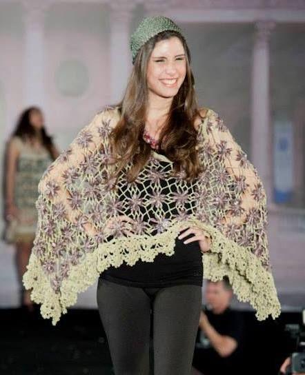 poncho de verano , en cintas , técnica telarin , terminaciones al crochet