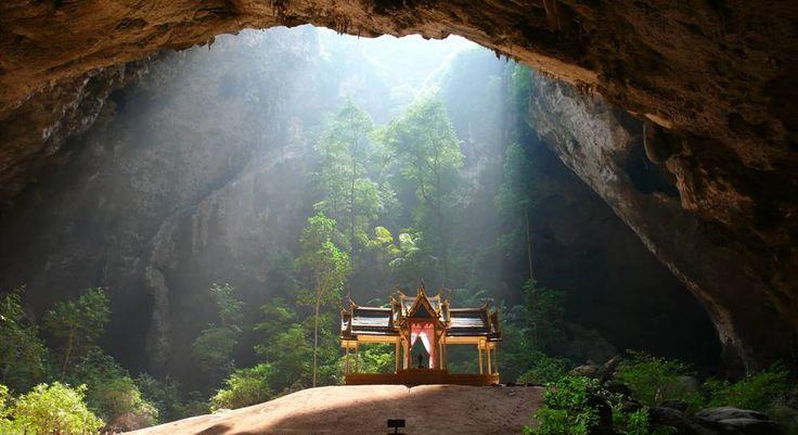 Les plus beaux temples bouddhistes dans des grottes surréalistes