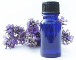 How you can use essential oils to help with #endometriosis