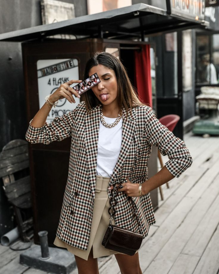 Photobooth – JUNE Sixty-Five – Blog Mode