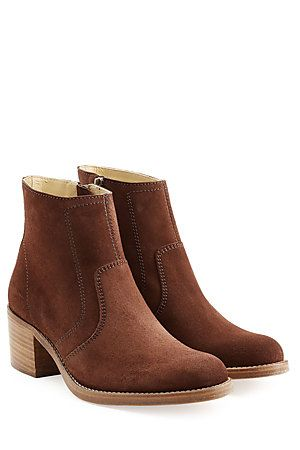 Coated in rich suede, these A.P.C. ankle boots are the ultimate in understated cool. We love the stacked heel and effortless zipped side for dressing in a hurry #Stylebop
