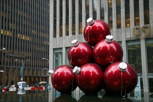 15 Fantastic Alternative Christmas Tree Ideas (9)
