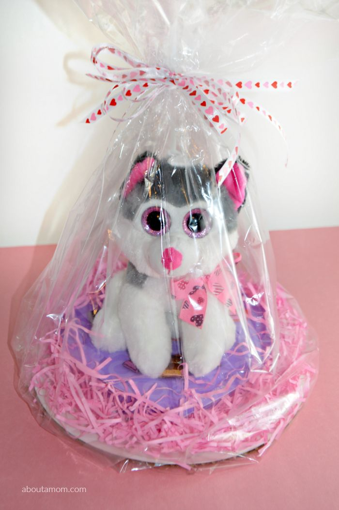 Valentines Day Baskets. 40 best valentineu0027s day gifts for kids ...