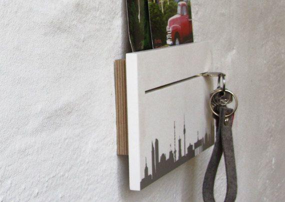 berlin schl sselbrett wei silber bedruckt unikat von 44spaces x mas shopping berlin. Black Bedroom Furniture Sets. Home Design Ideas