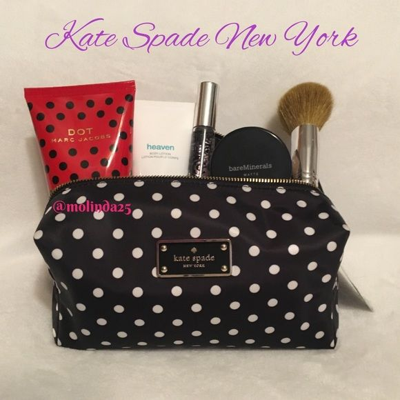 Kate Spade Blake Avenue Cosmetic Bag  Kate Spade New York Blake Avenue Medium Davie Cosmetic Bag case in Diamond Dot. Material: Nylon. Cosmetic case with zip top closure. Perfect to pack all your beauty essentials for the weekend  No trades or PP. Reasonable offers are welcome  kate spade Bags Cosmetic Bags & Cases