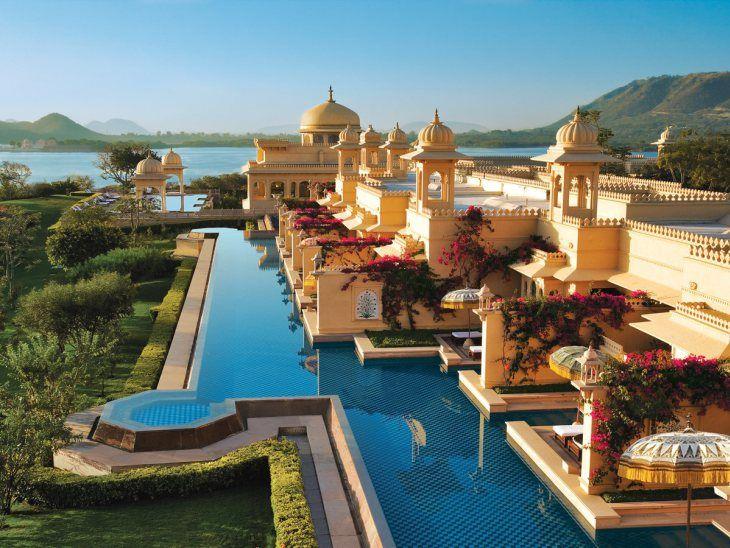 Διαμονή στο Oberoi Udaivilas στην Ινδία, που χαρακτηρίστηκε πρόσφατα το καλύτερο θέρετρο στον κόσμο