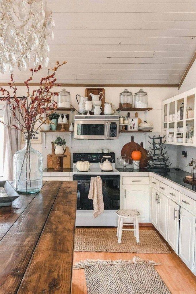 44 Attractive Kitchen Design Ideas On A Budget With Rustic Style Rustickitchen Kitchen Kitch Rustic Farmhouse Kitchen Interior Design Kitchen Rustic Kitchen