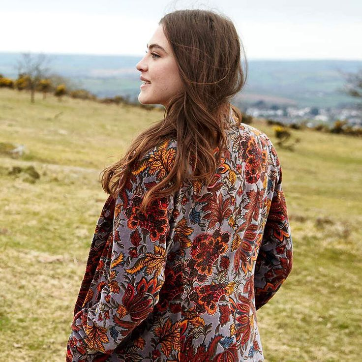 "160 Likes, 12 Comments - Nomads Clothing (@nomadsclothing) on Instagram: ""Hello new luxurious velvet winter coat... #ethicalfashion #fairtrade #coat #velvet #ethnic #ethical…"""