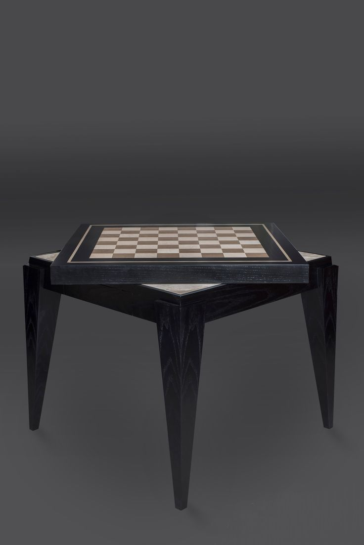 The Voi Artis Chess/Card Table From The U0027Joueuru0027 Collection