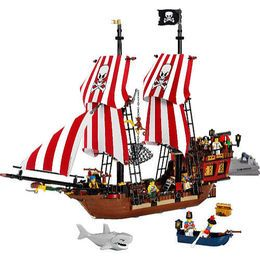 les 25 meilleures id es de la cat gorie bateau pirate lego. Black Bedroom Furniture Sets. Home Design Ideas