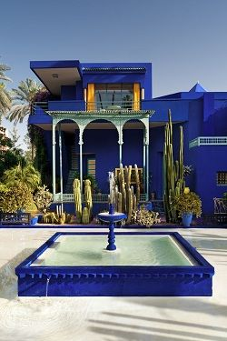 Fontaine carrée bleu Majorelle (Jardin Majorelle in Marrakech)