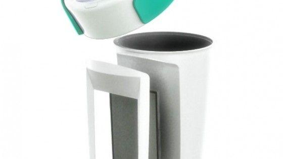 Inventata dalla Paulig, la tazza Muki è una mug riutilizzabile in grado di convertire il calore del liquido bollente in energia capace di tenere