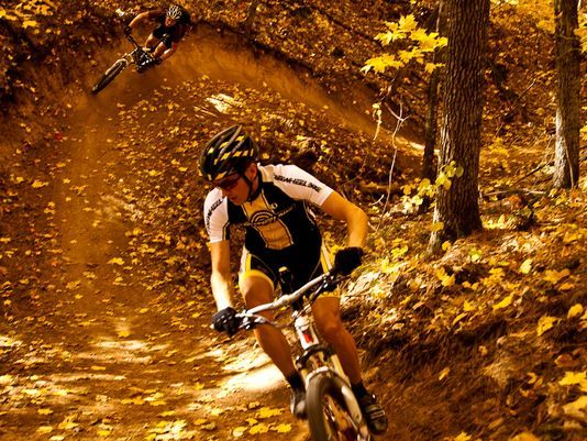 10 mountain biking spots