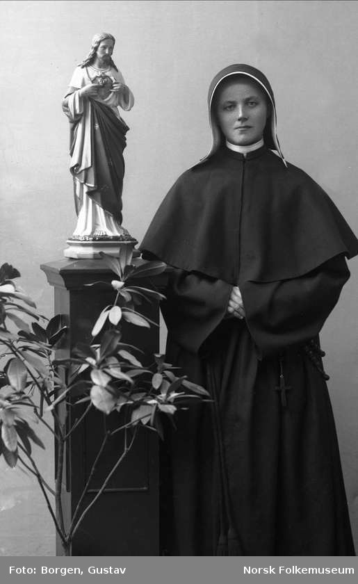 10 Best images about Nuns in historical habits on ...
