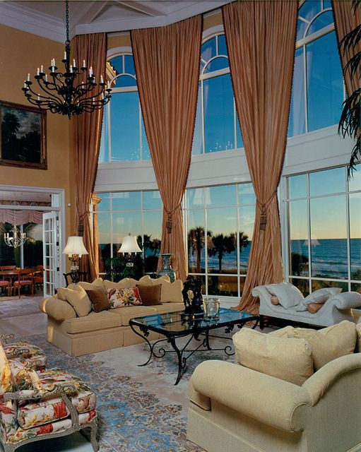 Ocean Front Home / Naples Florida An extremely beautifully designed mansion.  I would only change the color of the drapes.