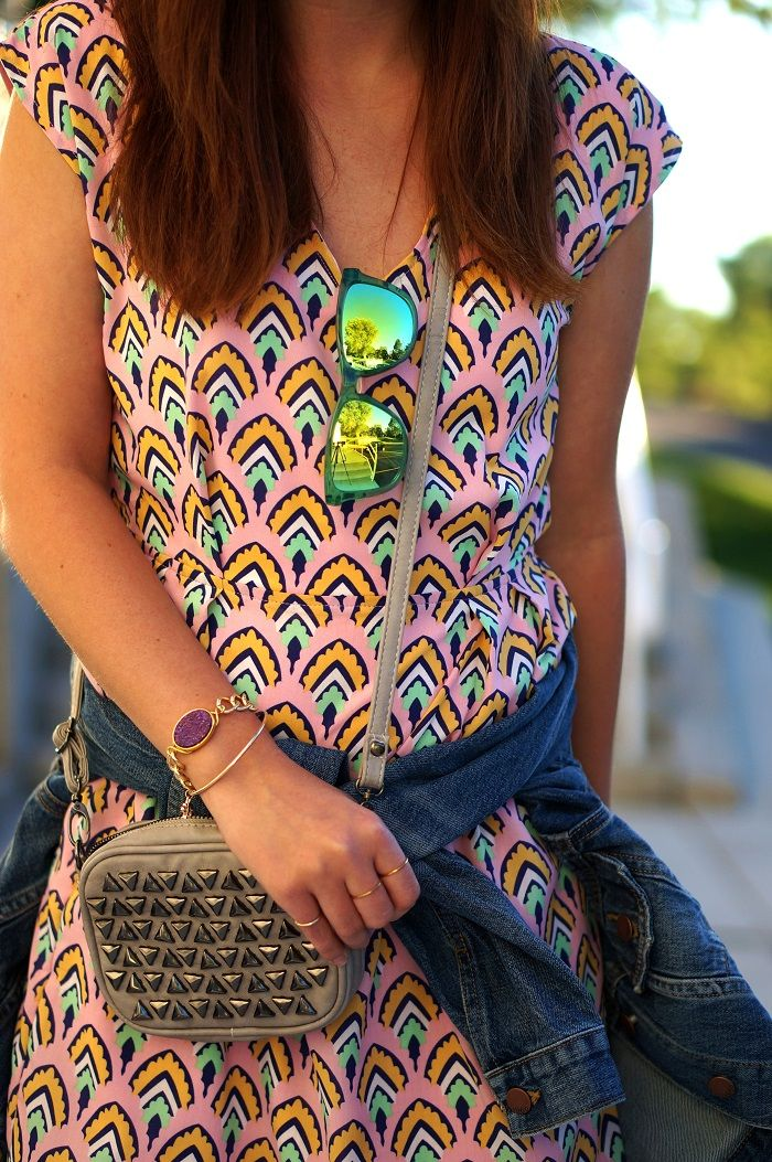 Love the way @laurendenney styled her Kameleonz Interchangeable sunnies!