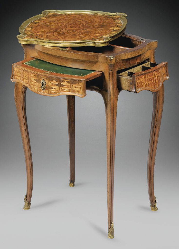A RARE AMARANTH, SATIN AND MECHANICAL TABLE Tulipwood Marquetry STAMPED S. OEBEN, LOUIS XV