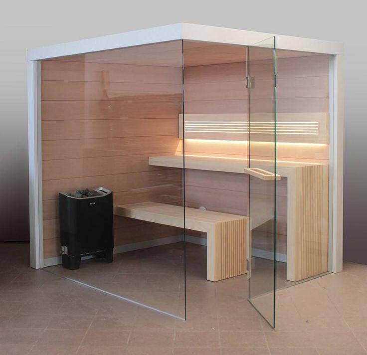 Sauna Perfect Line - sauna w naturalnych, jasnych barwach – ściany wykonane w akacji, natomiast unikalne rozwiązanie ław wykonane jest w Abachi. Nowoczesna sauna domowa. #sauna #sauny #wellness