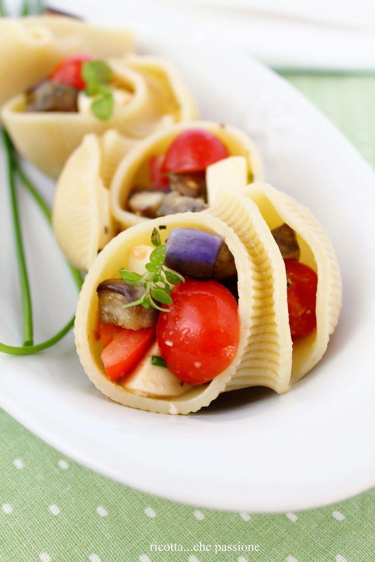 Italian Food ~ #food #Italian #italianfood #ricette #recipes ~ Conchiglie ripiene di melanzane, pomodori e mozzarella