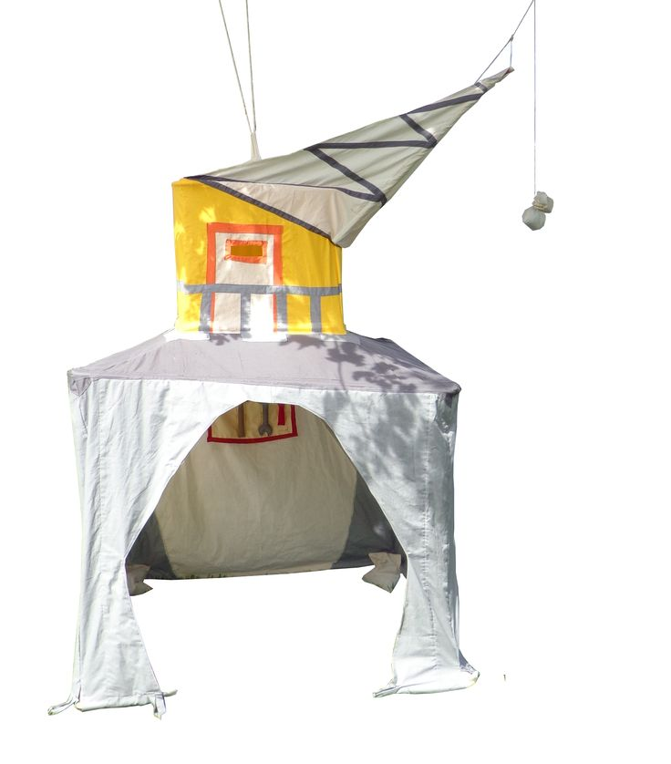 Crane, play tent made by Hanging Houses for Bollekesfeest in Antwerp