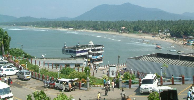 South India is a famous tourist destination in India. It's famous for waterfalls, wildlife sanctuaries and beautiful gardens. This tour package is 7 nights and 8 days. Enjoy enchanting south India tour with Shining India travel agency and enjoy your holiday trip. For more detail find this link: http://www.shinningindia.com/beautiful-south-tour.htm