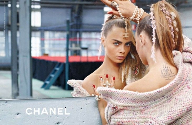 Cara Delevingne i Binx Walton dla Chanel |