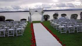 Tiarn's beautiful #outdoor #wedding #ceremony at #Rafferty's #Resort