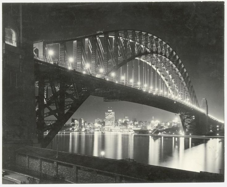 The past in the present: Sydney Harbour Bridge