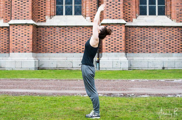 Yoga for beginners: Surya Namaskara A (Sun Salutation A)