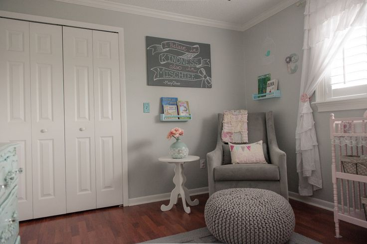 Modern glider in a shabby chic nursery = love it! #nursery: Sillones Projects, Decor Ideas, Chic Modern, Shabby Chic Nurseries, Room Decorations, Projects Nurseries, Baby Room, Baby Poufs, Baby Girls Boys