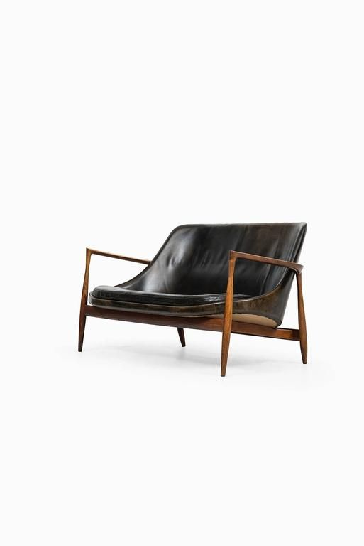 Ib Kofod-Larsen Elizabeth Sofa in Rosewood and Leather for Christensen & Larsen ca.1956 Denmark