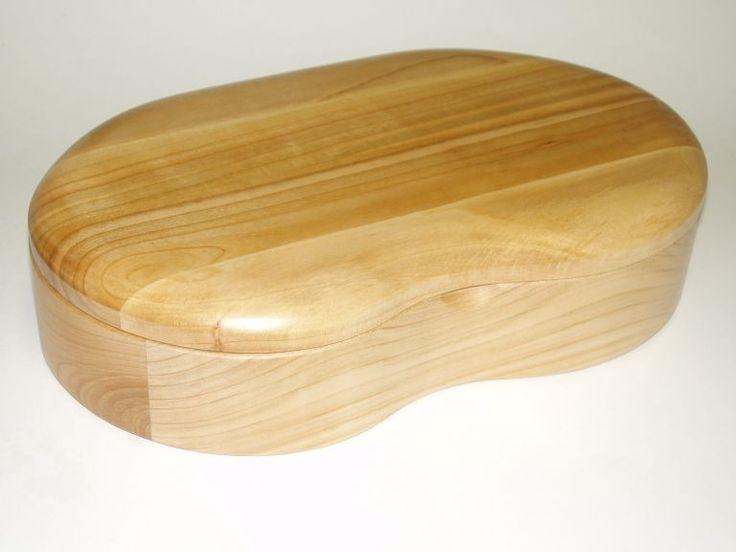 64.00 € www.soly-toys.com Handmade wood jewelry box - Birmingham